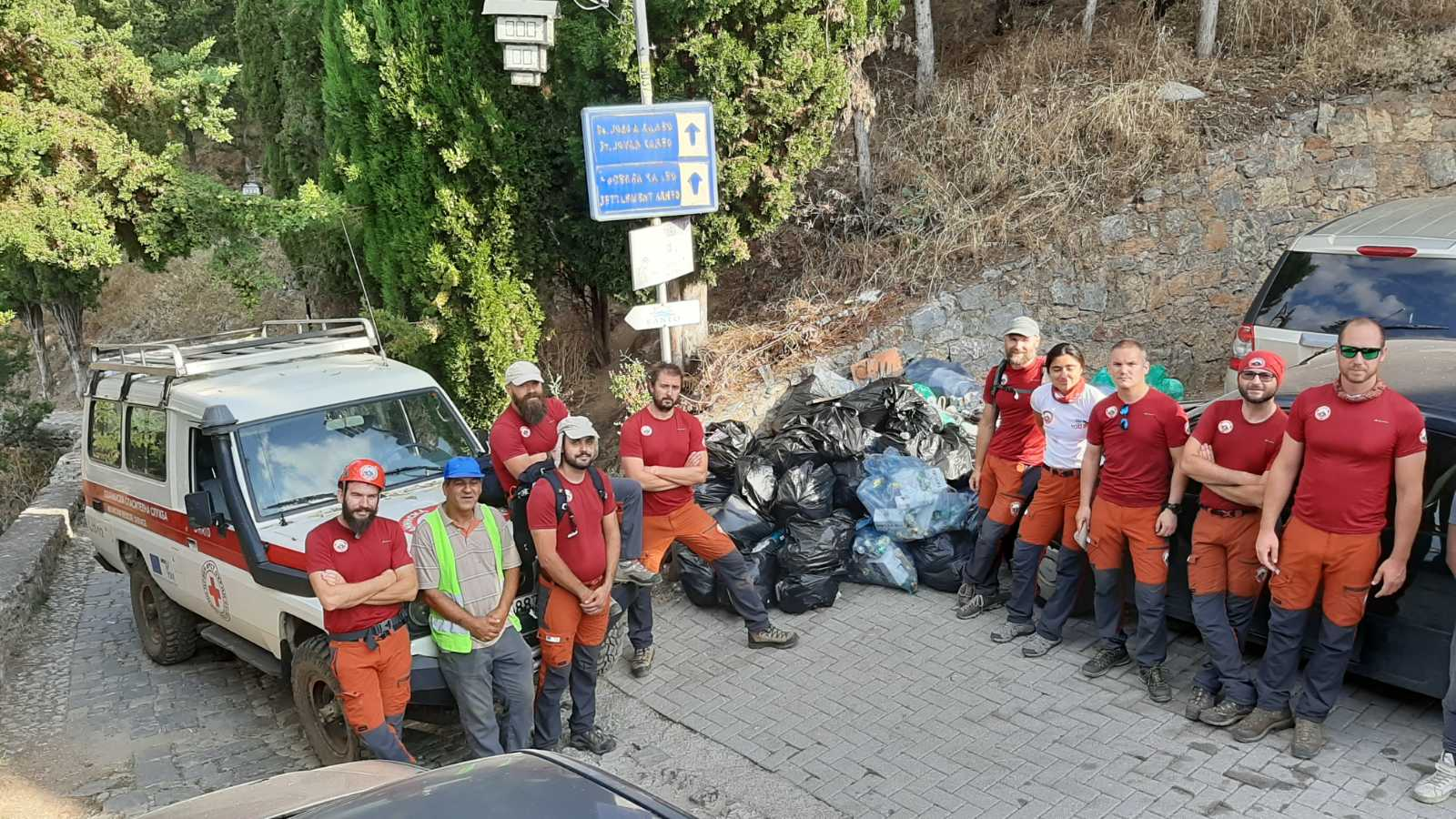 An attempt of the Mountain Rescue Service to save the Macedonian dignity