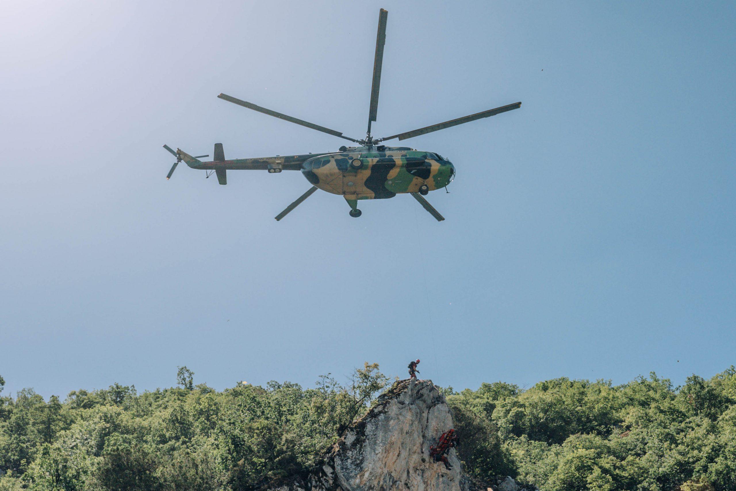 Воспоставена соработка и реализиран двонеделен тренинг со воздухопловниот ВИНГ на Армијата